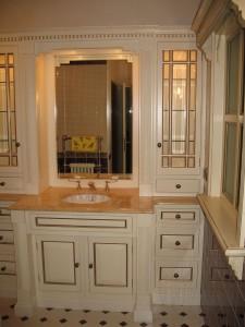 Ванная комната ,массив бука ,позолота